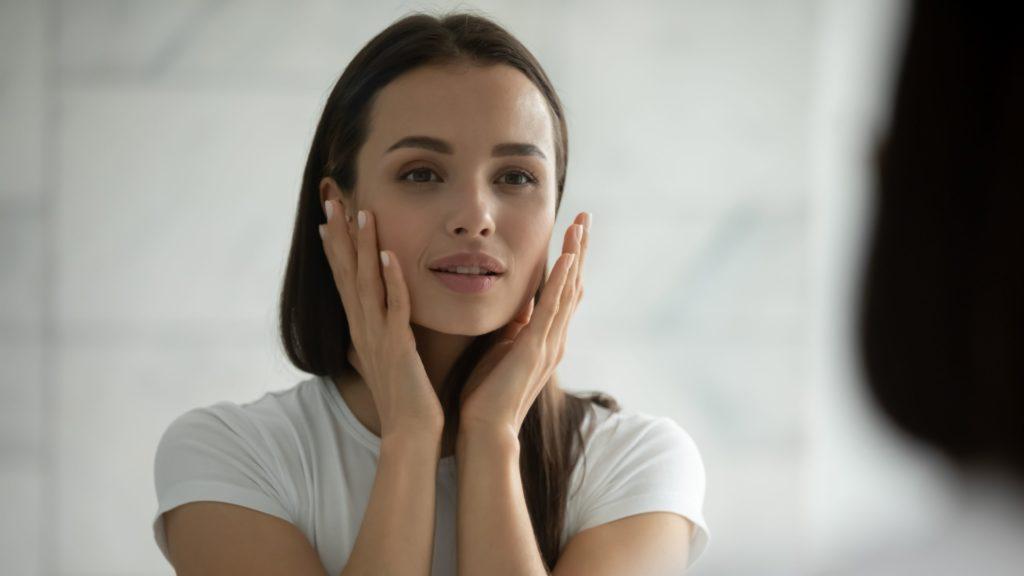 美容看護師の仕事は患者様に合わせた指導や施術方法を工夫して効果がでたときにやりがいを感じる