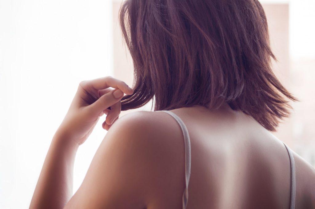 美容クリニック看護師の仕事は肩こりや腰痛になりやすく大変