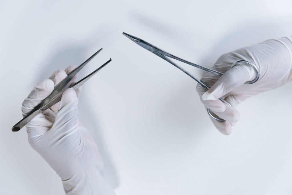 美容クリニックでの手術介助における看護師の仕事