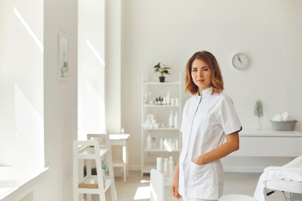 美容クリニックで求められる看護師の役割