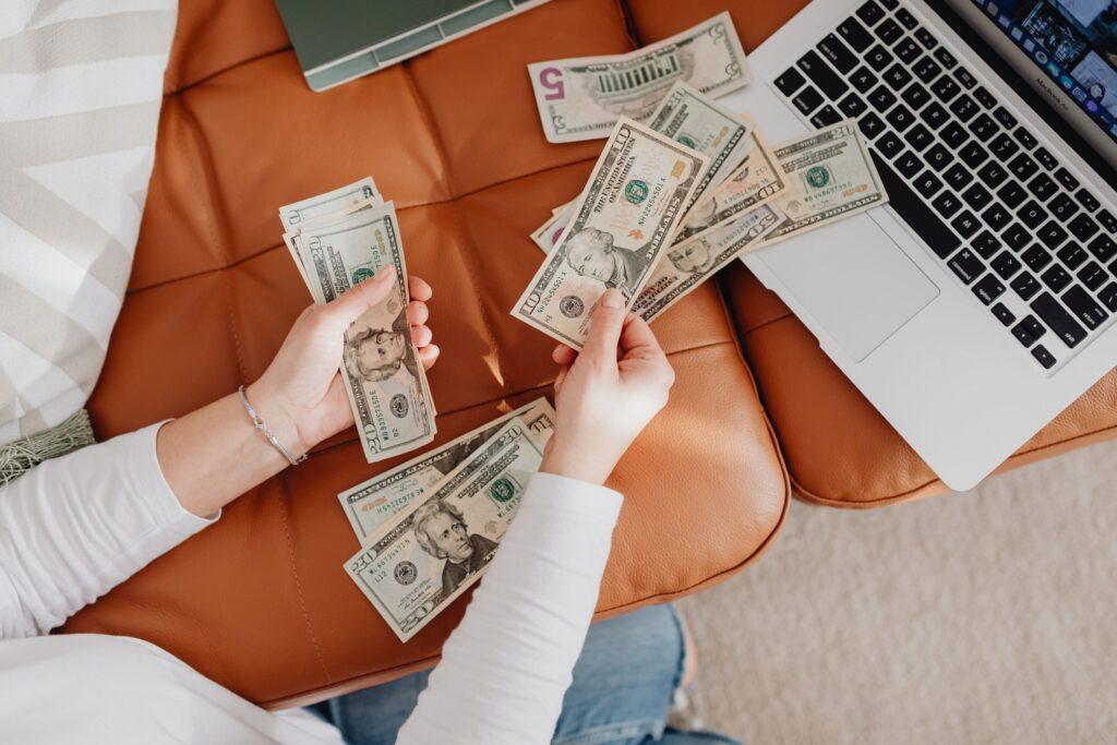 美容看護師の給料は本当に高いのかリアルな月収と年収の実例公開