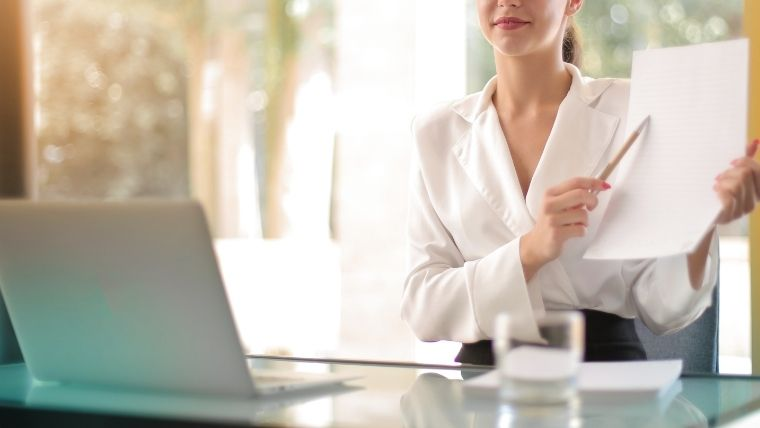 看護師転職サイト利用の流れにおけるコンサルタントからの求人紹介
